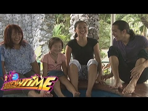 It's Showtime ToMiho: Aimi's zoo adventure