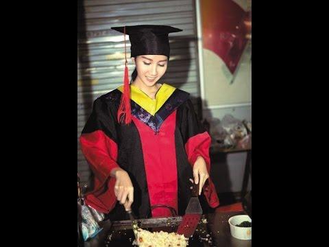 美女博士街头炒饭 系在读韩国留学生 甜美私照