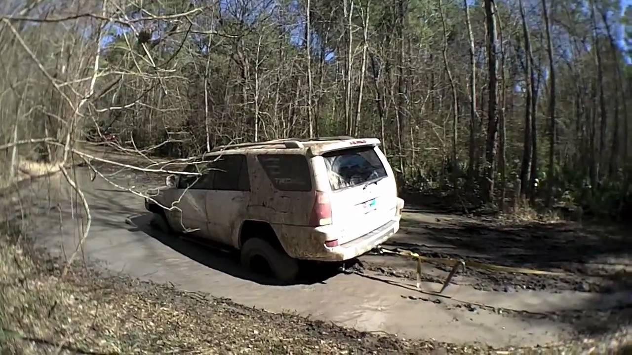Nissan Pathfinder Overland >> Jeep Commander Overland vs Nissan Pathfinder recovering a stuck 4runner - YouTube