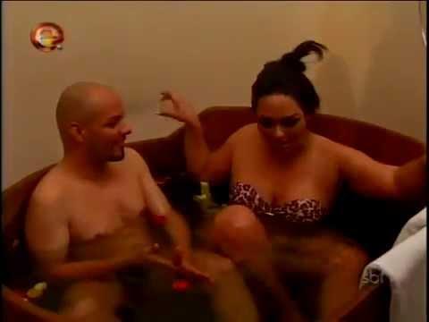 Rola ou Enrola - 'Mulher Melancia' e José! ( Roberto Tchêrê )