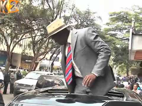 Spectacle as comedians carry out a mock welcome for Obama in Nairobi