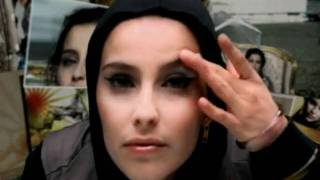 Клип Nelly Furtado - Powerless (Say What You Want)