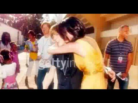 Next To You-Justin Bieber Y Selena Gomez love  .wmv