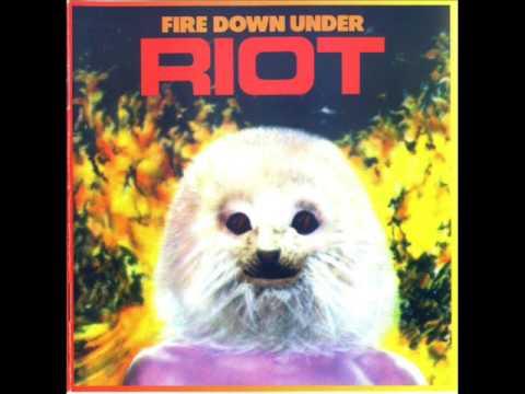 Riot - Struck By Lightning