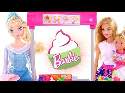 Barbie Y Chelsea Visitan A La Reina Elsa En La Heladeria, Yogurt Play Doh. ♥♥