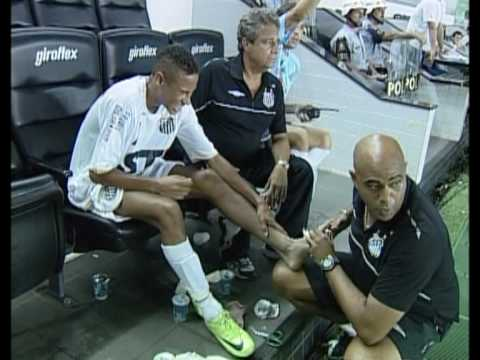 Douglas Costa and Neymar on FootBrazil