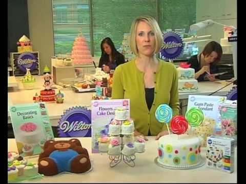 Learn Cake Decorating Using the Wilton Method - YouTube