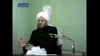 Hazrat Mirza Tahir Ahmad-Majlis E Irfan - (On Bhutto And Zia) - by roothmens