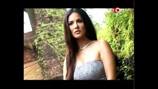 Video clip Sunny Leone&#39s HOT Strip TEASE For A Private Party | Leaked Pictures