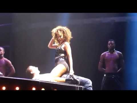 Rihanna Gives Male Fan A Lap Dance On Stage thumbnail
