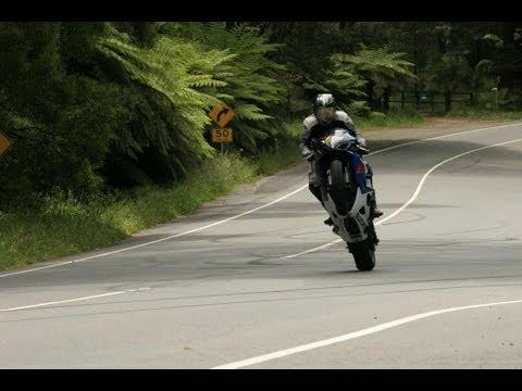 Blu - O pewnym motocykliście