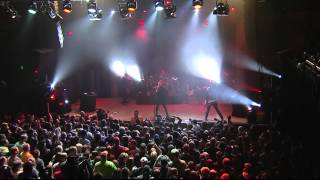 Garbage - One Mile High Live 2012 - I Think I`m Paranoid (HD)