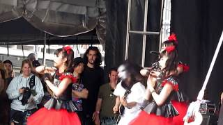 download lagu Babymetal - Road Of Resistance - Rock On The gratis