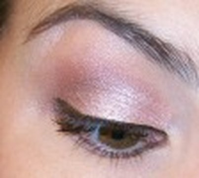 Wear Anywhere Neutral Eye