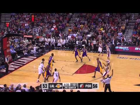 Damian Lillard Drops 38 vs Lakers
