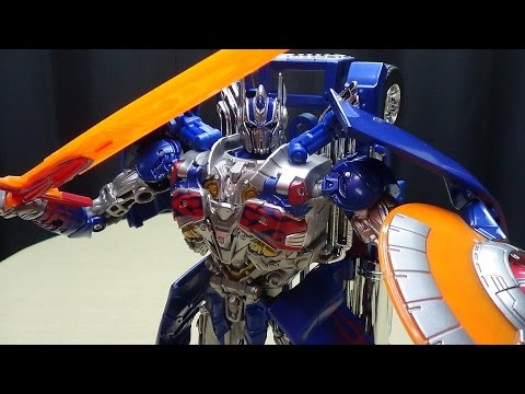 Takara Age of Extinction Leader ARMOR KNIGHT OPTIMUS PRIME: EmGo's Transformers Reviews N' Stuff