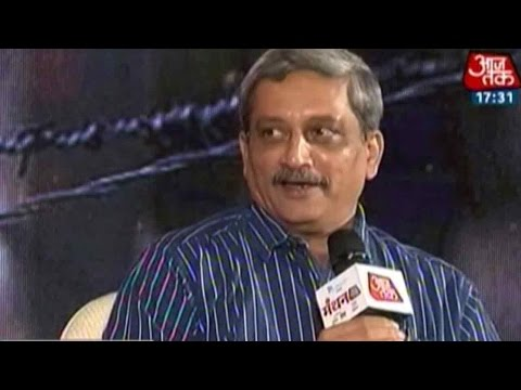 Aaj Tak Manthan: Manohar Parrikar Reviews security Situation In India