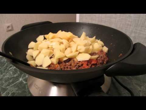 Как пожарить фарш на сковороде - видео