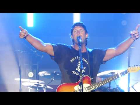 Billy Currington-Live-