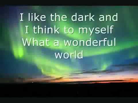 Israel Kamakawiwo Ole - Somewhere Over The Rainbow  Lyrics.wmv...
