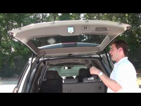 Jessica & Brandon Review the 2010 Honda Odyssey