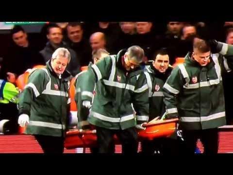 Arsenal v Tottenham | Theo Walcott Showboating in Front of Spurs Fans (04.01.14)