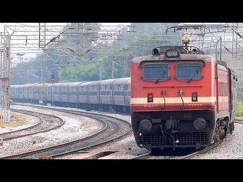 TATA WAP4 BANGALORE EXPRESS : Indian Railways 15902 DIBRUGARH EXPRESS