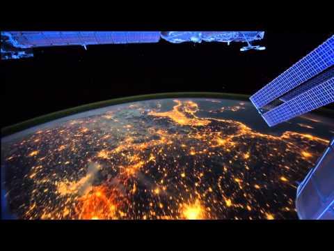 Ночная съемка с МКС.