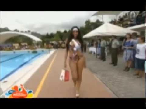Boliviana Ximena Vargas Parada bikini es Reina Internacional del Cafe de Colombia