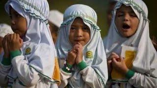 Sonar pakira ake ake ure jai/সোনার পাখিরা একে একে উরে যাই ।ইসলামিক গান