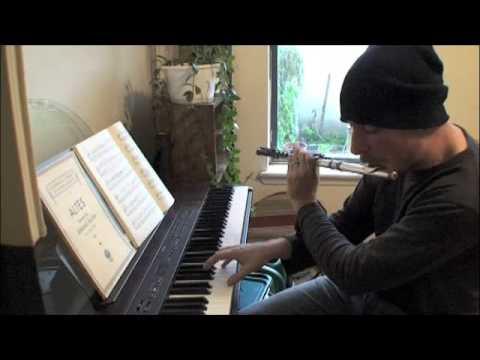 ביטבוקס עם חליל ופסנתר בו זמנית