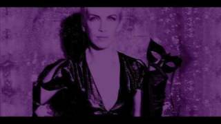 Watch Annie Lennox Live With Me And Be My Love video