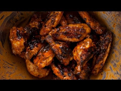 How to Make Easy Grilled Buffalo Wings - The Easiest Way