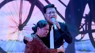 Rơi nước mắt với Ca khúc Tình Mẫu Tử - Thành Long