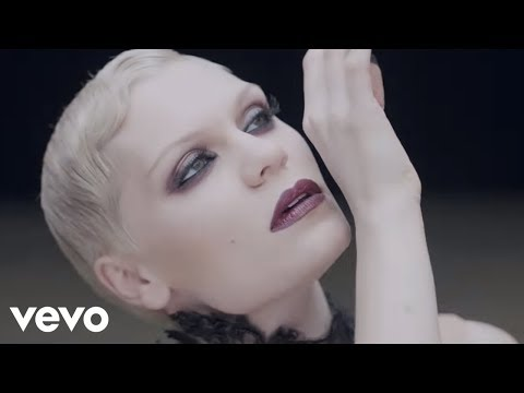 Jessie J - Thunder video