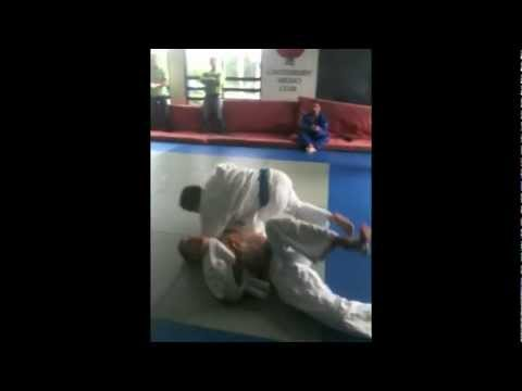 O Soto Makikomi MAJOR OUTER WINDING JUDO THROW Image 1