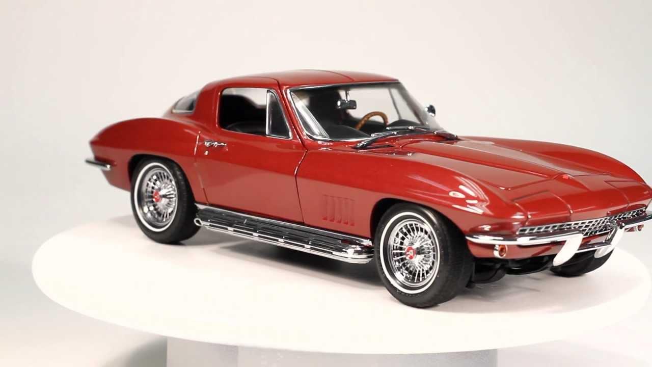 Exoto Motorbox 1 18 1967 Chevrolet Corvette Sting Ray 327