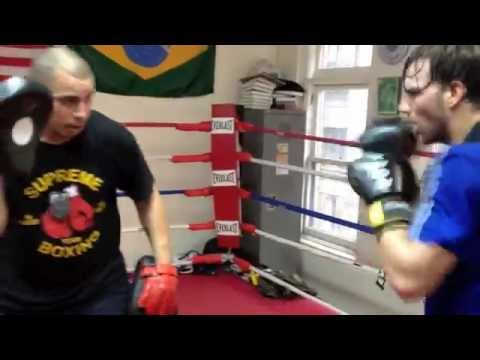 KICKBOXING & BOXING PAD WORK  - FOCUS MITT TRAINING Image 1