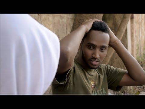 Zubeir vs Muna | Somali React thumbnail