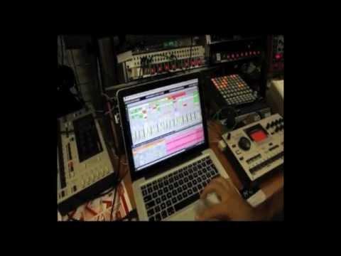 ELEKTRON MachineDrum SPS1 MKII + Ableton Live @Star's Music