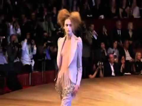 Alexander McQueen Spring/Summer 2007 Full Fashion Show