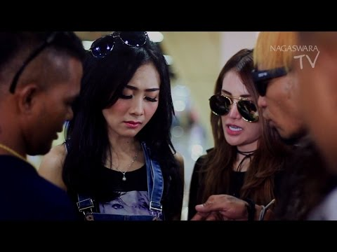 download lagu Ucie Sucita Dihadang Debt Collector Untungnya Ada KK Band #omteloletom gratis