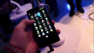 Hands On with Intel's Medfield Reference Design Phone!