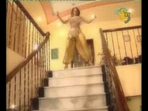 Nida Chaudhry, Pyar Sab Se Zara Zara, Mujra video