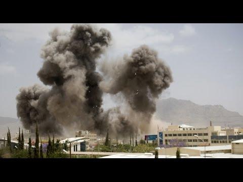Arab Air Strikes Hit Yemen as Peace Talks Enter Second Day