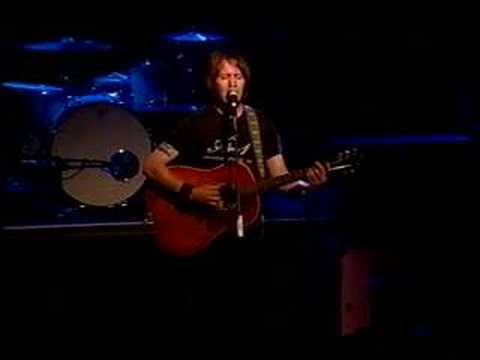 Elliott Smith - Between The Bars Live
