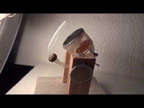 2 Euros size micro solar Rocky Stirling engine