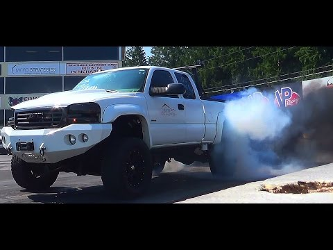 elims Rollin Coal pickups drag racing 2nd annual keystone deisel truck