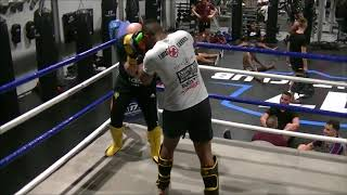 Luis Tavares Vs Hooligan 070