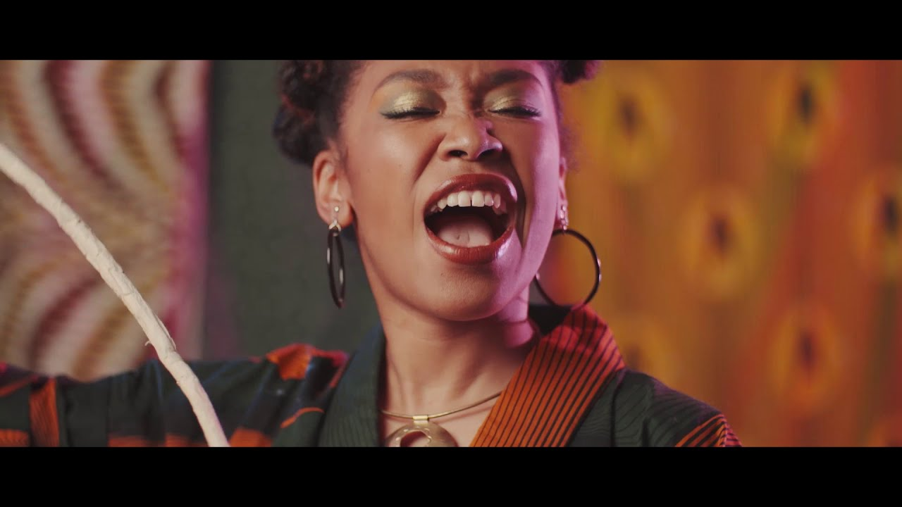 "CHIKO - ""Afro Blue""のMVを公開 デビューアルバム 新譜「A Day in The Life」2020年6月24日発売予定 メンバーは片倉真由子(p),中林薫平(b),柴田亮(dr),吉田サトシ(g) thm Music info Clip"